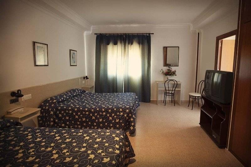 Hotel catalan en puerto real desde 21 destinia - Hotel catalan puerto real ...
