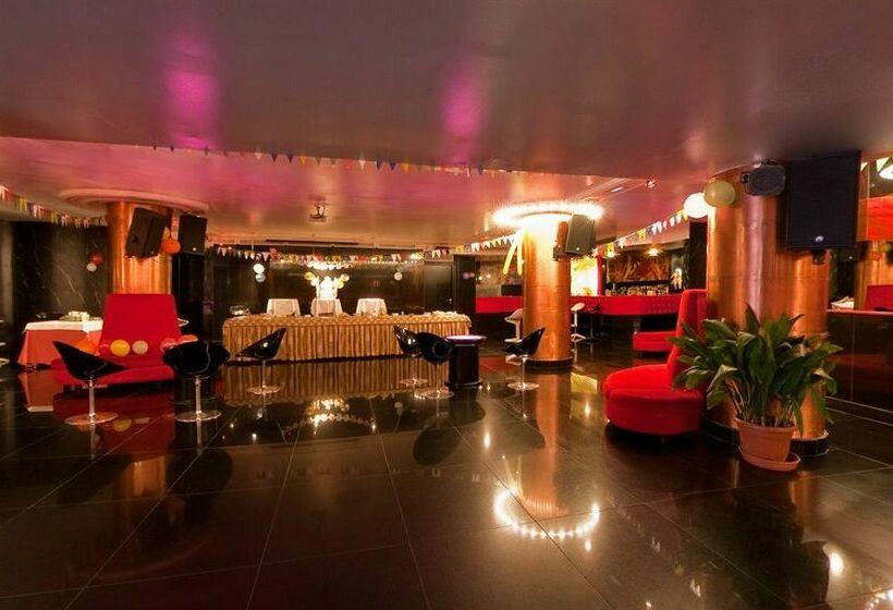 Zonas comunes Hotel Los Angeles Granada