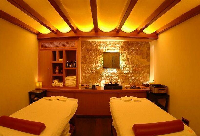Hotel los angeles en granada desde 26 destinia for Resort termali in cabina