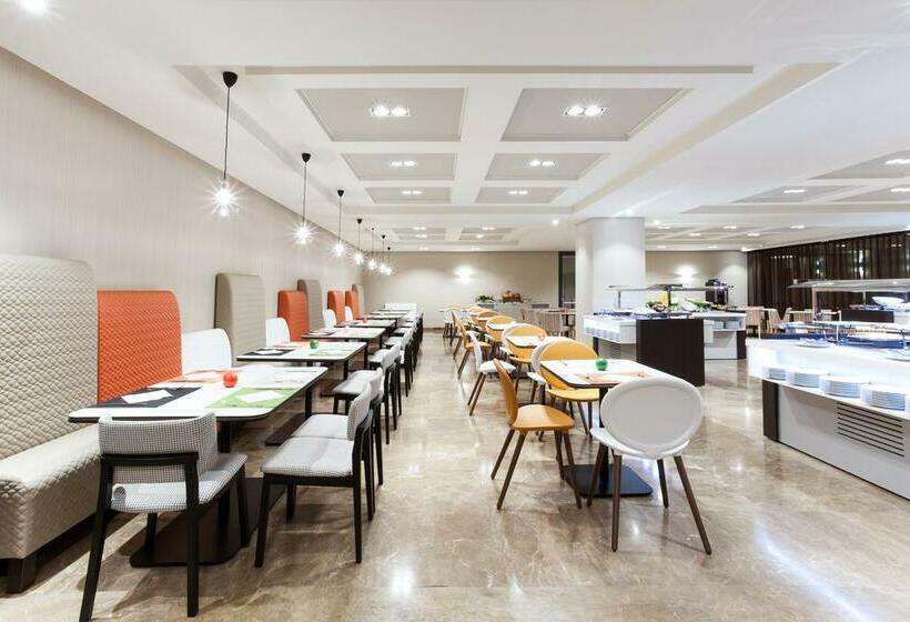 Restaurante Novotel Madrid Center