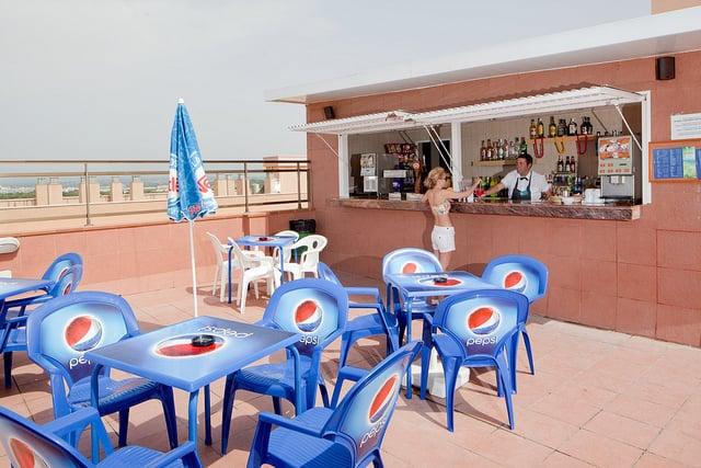 Terraza Hotel H Top Molinos Park Salou
