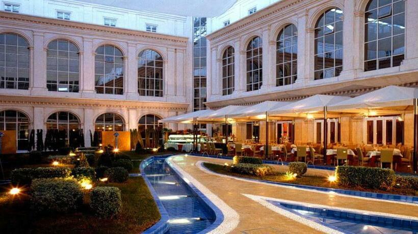 Exterior Hotel Silken Al-Andalus Palace Sevilla
