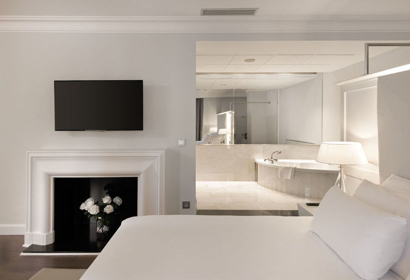 Nh collection gran hotel de zaragoza en zaragoza destinia for Hotel habitacion familiar zaragoza