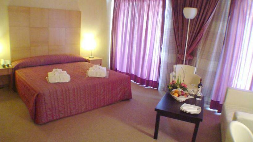 Hotel Lycabette Atenas