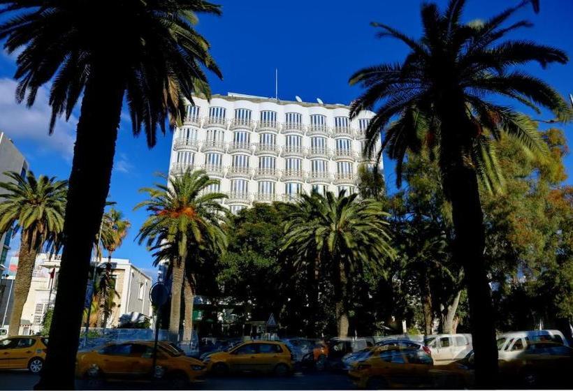 فندق Hôtel La Maison Blanche فى تونس بأسعار تبدأ من ر.س.8