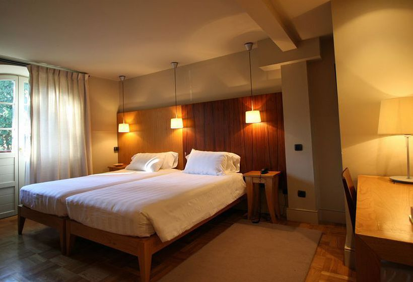 Hotel el jardin de carrejo en cabez n de la sal destinia for Hotel jardin de carrejo