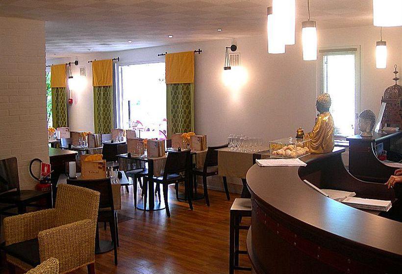 hotel kyriad orleans olivet la source en orleans destinia. Black Bedroom Furniture Sets. Home Design Ideas