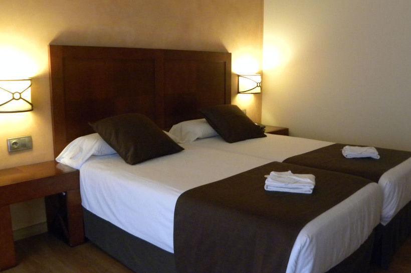 Hotel magic andorra en andorra la vella destinia for Hotel familiar andorra