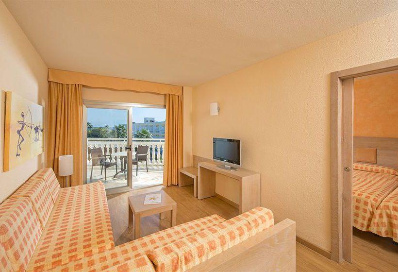 Hotel iberostar albufera park en playa de muro destinia for Habitacion familiar iberostar mallorca
