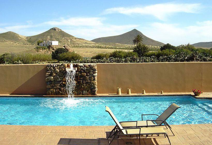 Hotel rural de naturaleza rodalquilar spa cabo de gata en cabo de gata destinia - Hotel los patios almeria ...