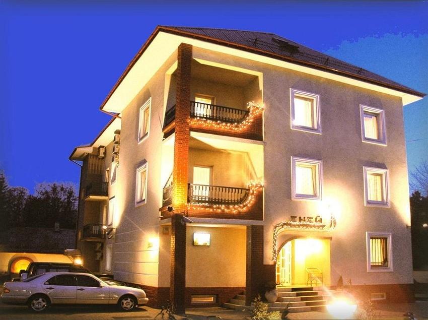 Hotel Eney Leópolis