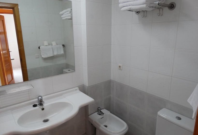 Cuarto de baño Apartamentos Torre Benibeach Benidorm