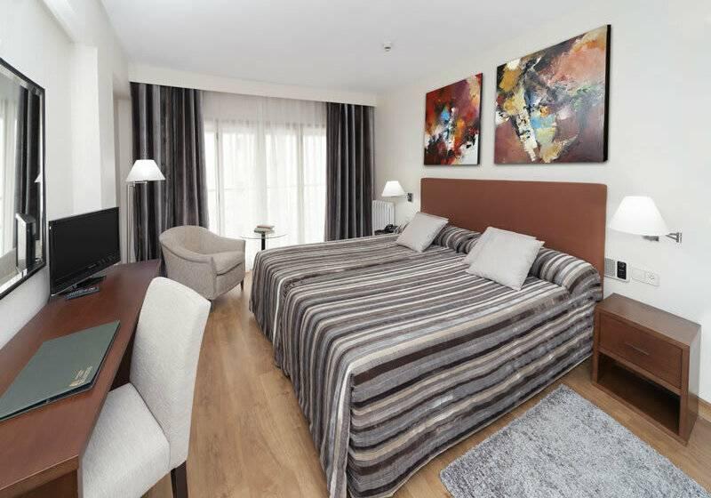 Aparthotel Rosales En Madrid Desde 29 Destinia