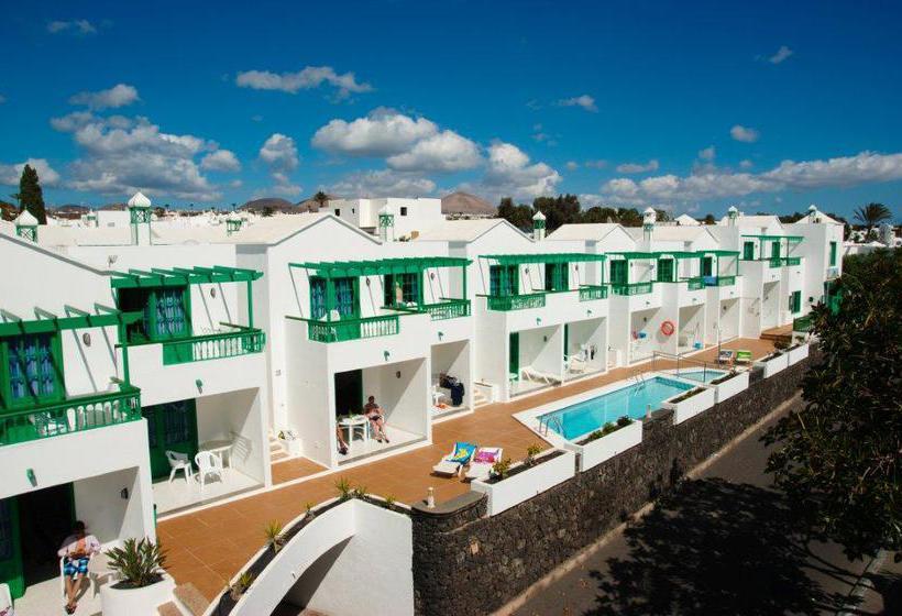 Apartamentos europa en puerto del carmen destinia - Hoteles en puerto del carmen ...