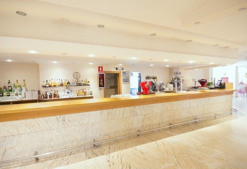Recepción AzuLine Hotel Coral Beach Es Cana