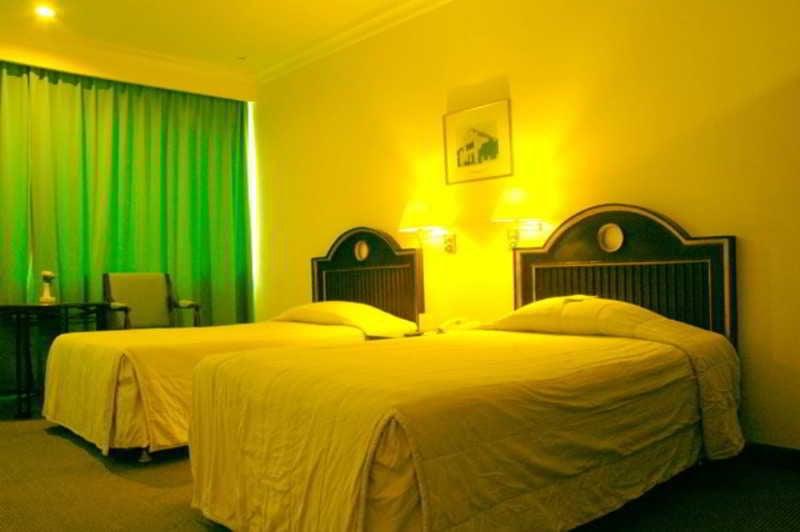 analyze of hotel taxes in surabaya