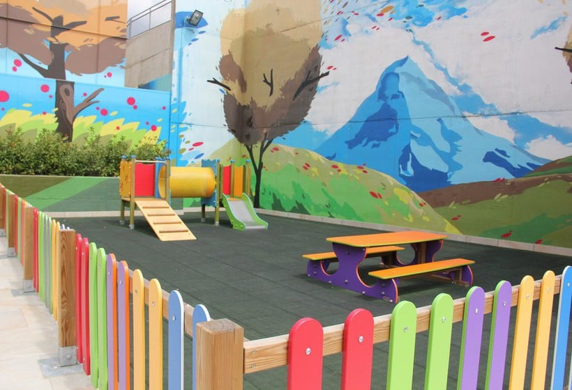 Instalaciones infantiles Aparthotel Jacetania Spa Jaca