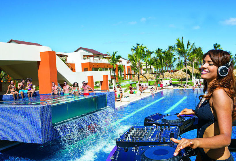 Hotel breathless punta cana resort spa en punta cana for Number one all inclusive resort