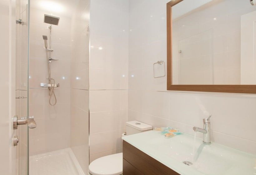 Cuarto de baño Sol Square Apartments Madrid