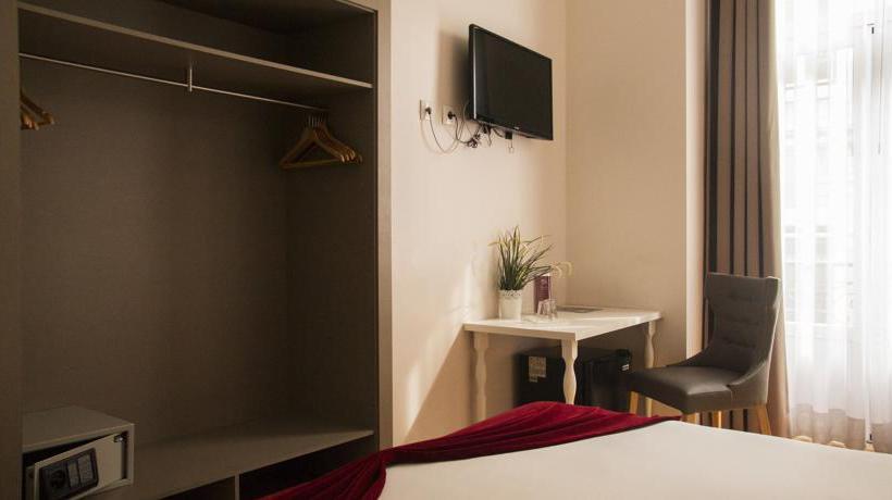 Hotel Lisbon Arsenal Suites Lisboa
