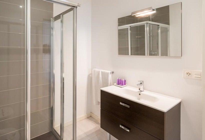 Cuarto de baño Apartamentos Palacio Cabrera Lillo Granada