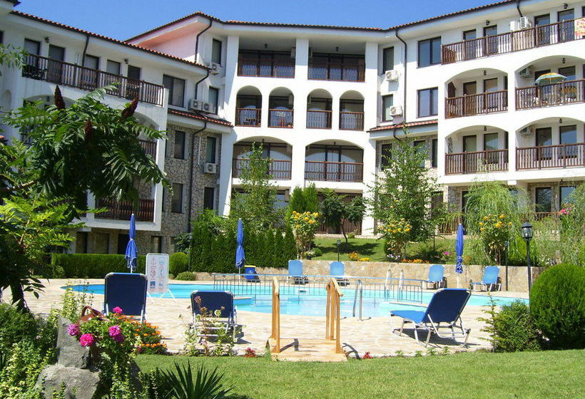 Daisy apartments en sveti vlas desde 32 destinia for Vuelos baratos a bulgaria