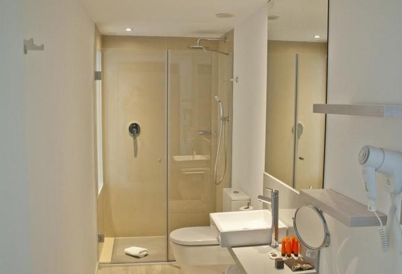 Cuarto de baño Som Llaut Boutique Hotel Can Picafort
