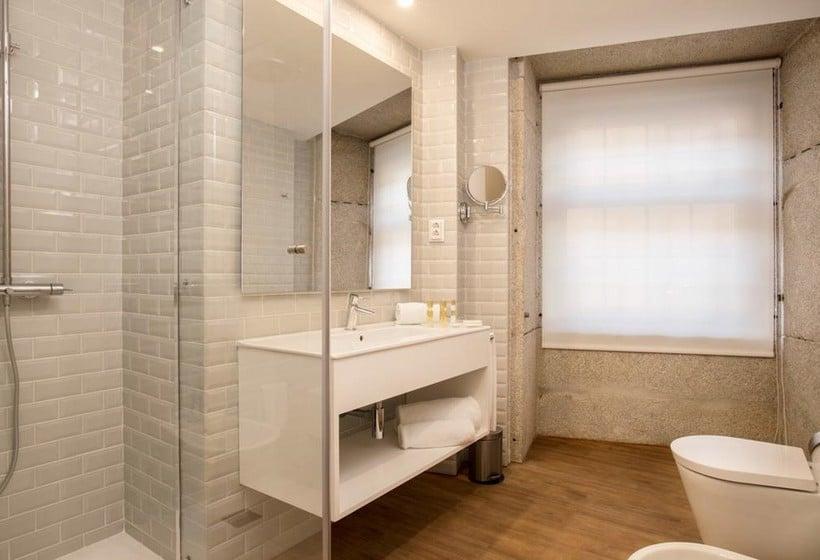 Cuarto de baño Hotel Exe Almada Porto Oporto